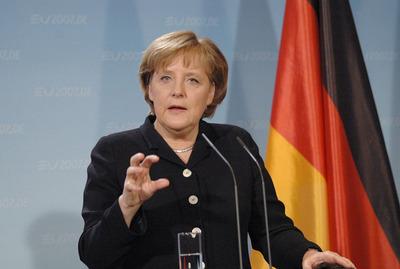 Merkel defiende medidas contra Turquía