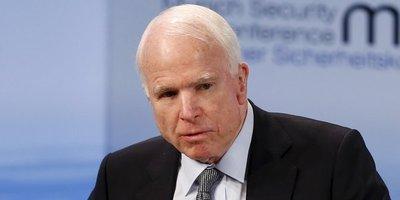 Diagnostican cáncer cerebral al senador republicano McCain