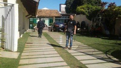 PJC: Allanan casa de brasileño por caso de múltiple asesinato