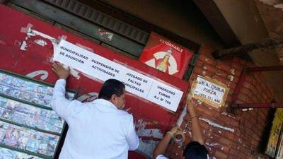 Clausuran conocido supermercado de Loma Pyta