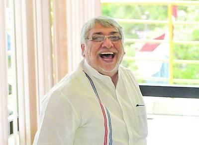 Lugo, de mandatario anti subsidio, a entusiasta del reparto de dinero público