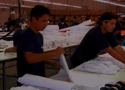 Preocupa tasa de empleos informales en Paraguay