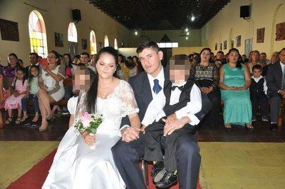 """Tacumbú-Amor ¡Dieron el """"sí"""" en la cárcel!"""