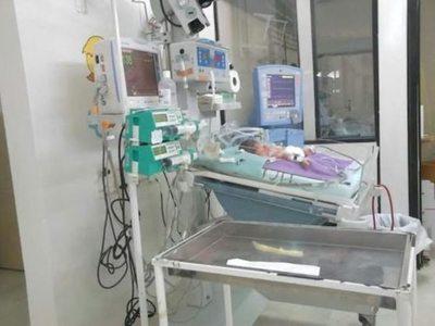 Piden ayudami para trillizos recién nacidos