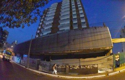 Edificio del MEC: Refugio de adictos y delincuentes