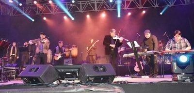 Asunción fue homenajeada con sonidos de los Beatles