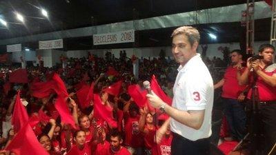 Mario Abdo Benítez tiene mayor intención de voto, según encuestadora