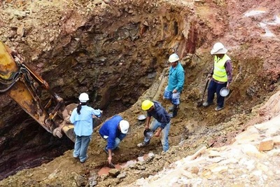 Detrás de la mina de oro más grande