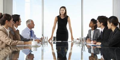 Importancia de fomentar la inclusión de mujeres en la dirección de las empresas