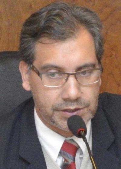 Ratifican prisión del extitular de la Aso PJ