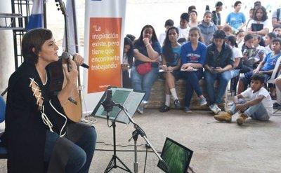 Berta cerró gira por colegios con encuentro en el Bañado