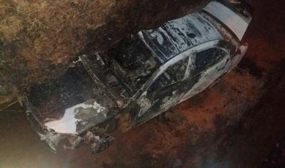 Mujer fallece incinerada tras accidente