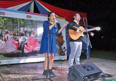 Artistas rinden hoy tributo a Flores en Punta Karapã