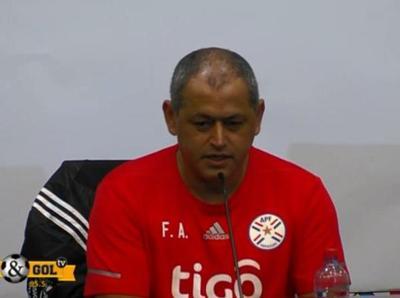 Conferencia de prensa de Francisco Arce