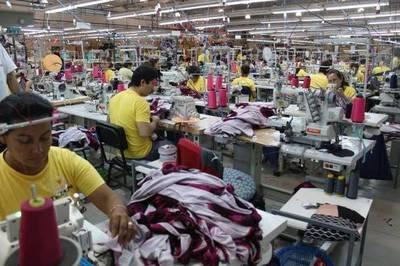 Ofrecen 155 puestos de trabajo en industrias maquiladoras