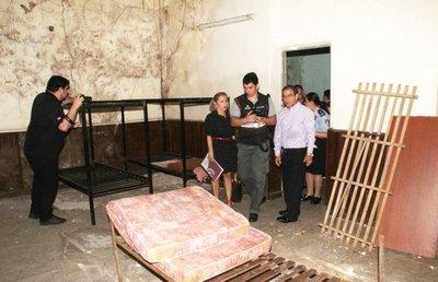 Investigan más de 100 casos de supuestas torturas