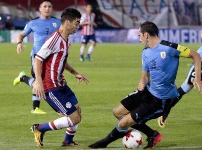 Paraguay cede ante Uruguay en noche fatídica
