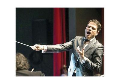 Colombiano dicta conferencia sobre la ópera, en Asunción