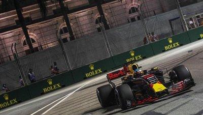 Ricciardo presenta sus credenciales en Singapur