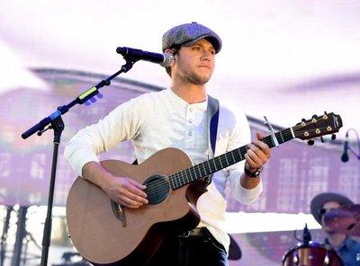 Niall Horan de One Direction anuncia su primer álbum solista