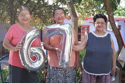 ¡Las tres Marías!... festejaron sus ¡67 años de vida!