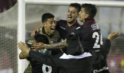 Lanús vence a San Lorenzo en penales y se cita con River en semifinales