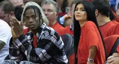 Kylie Jenner espera su primer hijo rodeada de polémicas