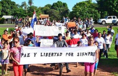 Los norteños marchan por la paz y la liberación de los cinco secuestrados