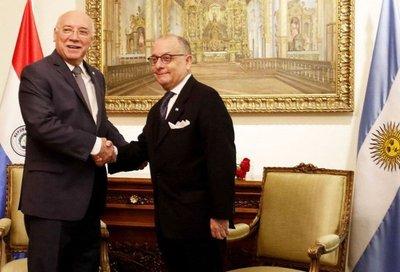 Canciller argentino admite que están considerando reclamo de Eriday-UTE