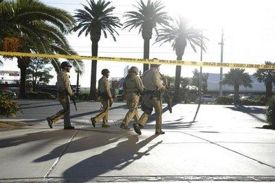 Las Vegas: Ascienden a 59 los muertos y a 527 los heridos en masacre
