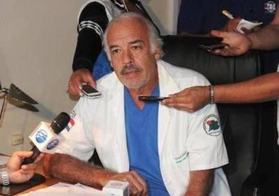 Hospital del Trauma prohíbe ingresar con quepis