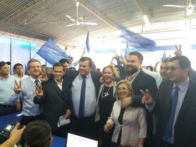 PLRA: Equipo País inscribió a sus candidatos