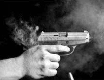 Pelea entre supuestos adictos terminó con herida de bala