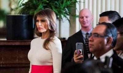 Mujer desea parecerse a Melania Trump