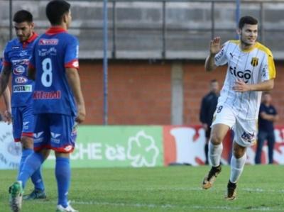 El Cacique superó a Independiente en Campo Grande
