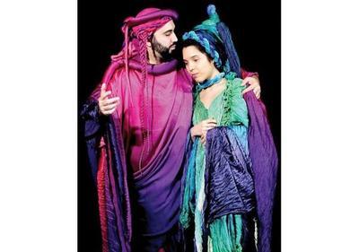 En el  antiguo Teatro López se presenta la ópera  Dido y Eneas
