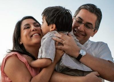 ¿Cuál es el régimen de adopción de niños en Paraguay?