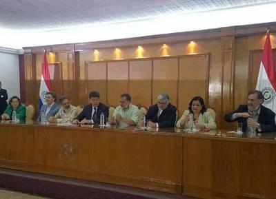 """La oposición inscribió la alianza GANAR: prometen """"terminar"""" con Cartes y """"enterrar"""" a Stroessner"""