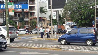 """Constatan """"basura"""" proselitista en zona de Aviadores del Chaco y San Martín"""