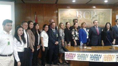 Paraguay entre los campeones en inclusión financiera global