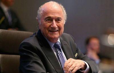 """Blatter asistirá al Mundial de Rusia por """"invitación de Putin"""""""