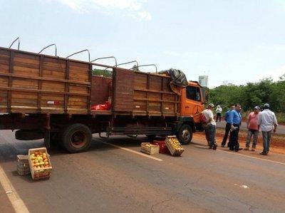 Tomateros cierran ruta en repudio al contrabando