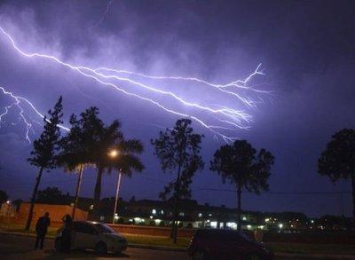 Alerta por tormenta para seis departamentos