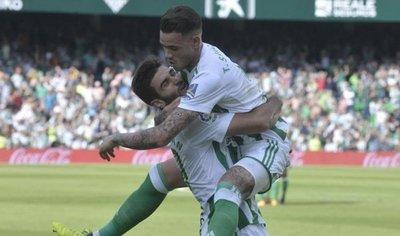 Tonny Sanabria y otro grito de gol en el Real Betis