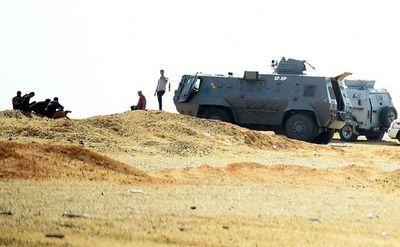 Mueren 16 policías egipcios en combates con islamistas