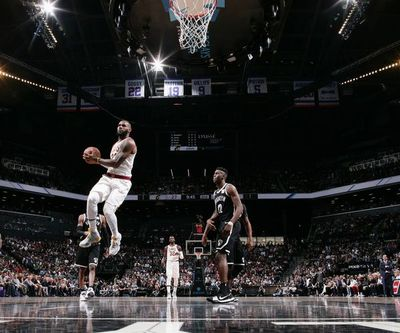 NBA: Cavaliers desperdician triple-doble de LeBron y pierden ante Nets