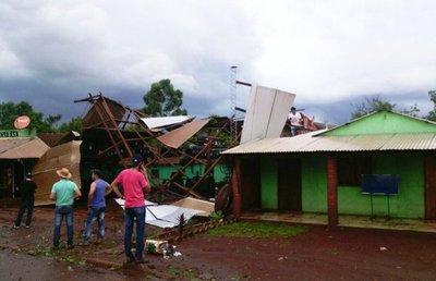 La tormenta deja unas 300 familias afectadas