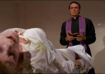 """Psiquiatra afirma que exorcismos """"sólo empeoran a la persona"""""""
