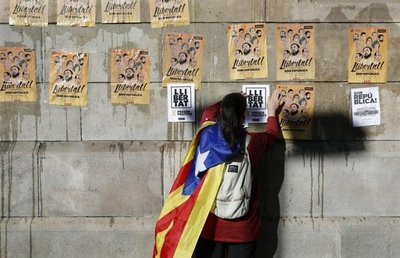 Protestas en Cataluña con breves cortes de carreteras y ferrocarriles