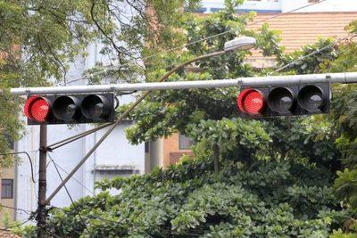 No hay planes inmediatos para instalar nuevos semáforos en Asunción